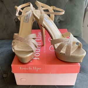 Touch Ups champagne glitter strappy sandals